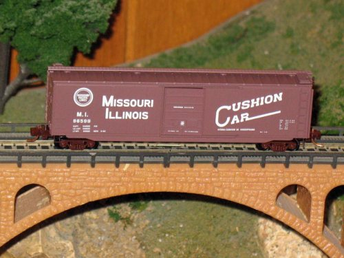 N Micro-Trains Missouri Illinois Freight Boxcar