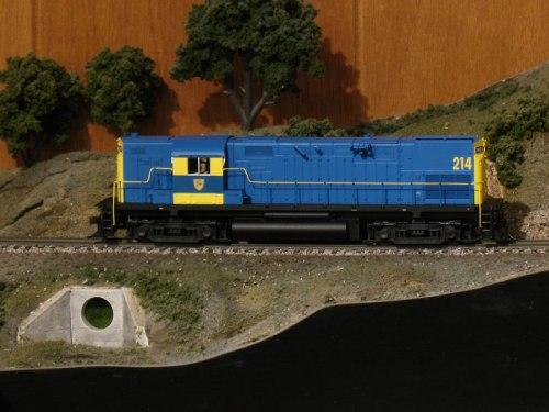 HO Atlas Delaware Hudson Diesel Engine C-420